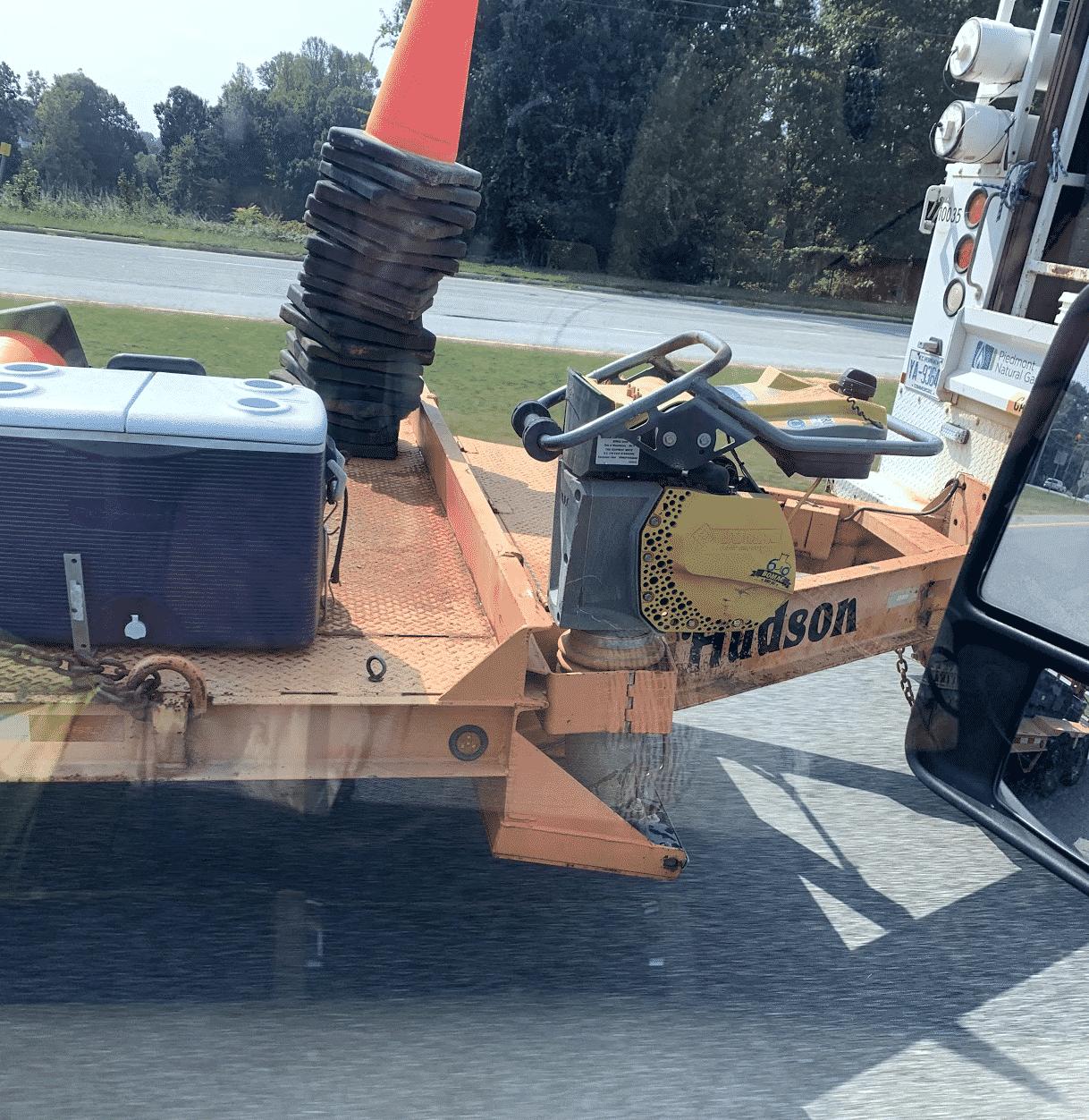 Hauling trailer